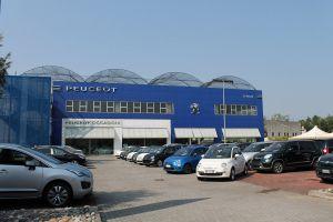 Esterno Peugeot & Usato